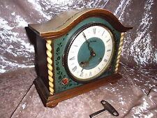 Alte mechanische  Tisch Uhr im Holzgehäuse der Marke Hermle , funktionstüchtig