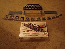 Ho Scale Bachmann Bridge 'N Trestle Set (over-under layout)
