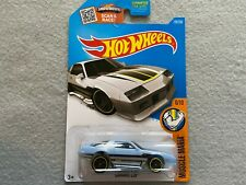 Camaro Z28 Muscle Mania    Hot Wheels