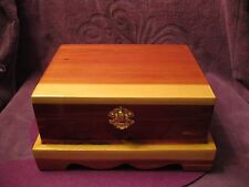 CEDAR JEWELRY BOX WITHFORREST GREEN  LINING