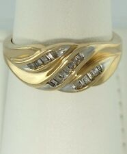 Mujer 10 Quilates Amarillo Oro 1/5ct 20 Diamante Baguette Ondulado Banda
