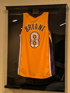 Kobe Bryant Signed Los Angeles Lakers Jersey in Classic Display Case