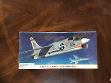 HASEGAWA F-8E CRUSADER SUNDOWNERS  1/72 Model KIT