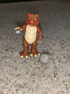 Land Of The Lost Wind Up Tasha With Walking Action Complete figure tiger toys