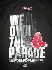 BOSTON RED SOX 2013 WORLD SERIES Champions w Trophy PARADE MED Long Sleeve Shirt