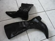BOTTES TAILLE 36