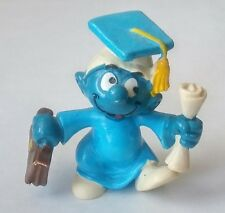 VINTAGE 1980 SMURFS PEYO GRADUATION GRADUATE SMURF IN A BLUE GOWN WITH DIPLOMA