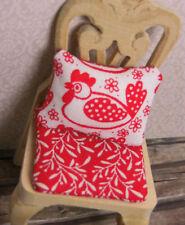 1 Miniatur-HÜHNER-KISSEN+1 Miniatur-STUHL-KISSEN,rot-weiß,Puppenstube Küche,1:12