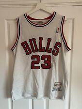 New listing Michael Jordan #23 Jersey Chicago Bulls Hardwood Classics Mitchell & Ness M/L