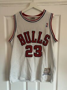 Michael Jordan #23 Jersey Chicago Bulls Hardwood Classics Mitchell & Ness M/L