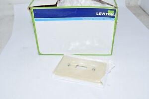 Box of 19 NEW Leviton 86001 020-000 1-Toggle Standard Size Wall Plate, 1 Gang Iv