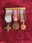 Lot de 3 réductions médailles Croix du combattant, Prisonnier, Blessés