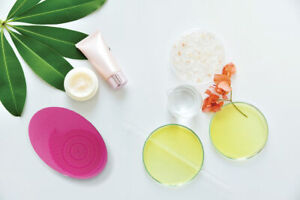 2-in-1 Electronic Facial Cleanser With Two Interchangeable Heads