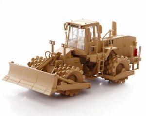 1/50 Caterpillar 815F Soil Compactor Truck CAT Engineering Vehicle Model 55254
