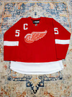 NHL Detroit Red Wings Authentic Lidstrom Men's C Jersey, Reebok, Red, Size 50