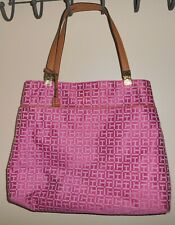 TOMMY HILFIGER TOTE BAG IN PINK AND WHITE SIGNATURE PRINT