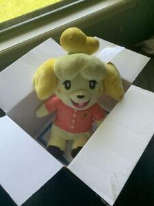 Build-A-Bear Animal Crossing New Horizons Isabelle Summer Gift w/ Theme Music