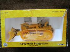 CASE T-340 WITH BULLGRADER 1:16 Ertl Toy 1998 IH