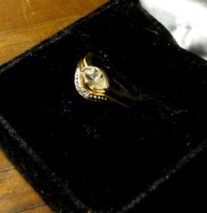 LADIES 14K GOLD CHARLES AND COLVARD MOISSANITE ENGAGEMENT w / DOCS RING SIZ 5.5