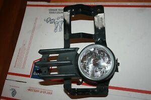Mitsubishi Montero Sport Fog Light  right 2000-2004