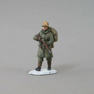 THOMAS GUNN COLLECTORS KOREA001A U.S. MARINE MARCHING WITH RIFLE