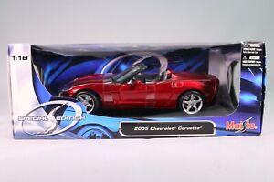 LE553 MAISTO Special edition 31137 Voiture 1/18 Chevrolet Corvette 2005 rouge