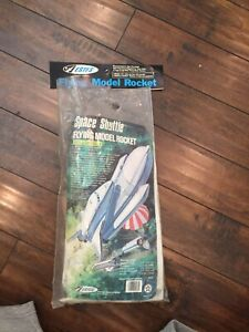 Vintage ESTES  Space Shuttle Flying Model Rocket RARE # 1284 NASA Extras Unbuilt