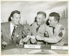 HERB SHRINER SOLDIERS OLD GOLD CIGARETTES TWO FOR THE MONEY 1952 NBC TV PHOTO