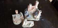 Christmas village. David Winter Cottages lot. Christmas Cottage collectables.