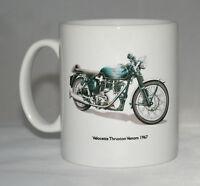 Motocicleta Taza Velocette Thruxton Veneno & Insignia Mano Tirado Ilustraciones