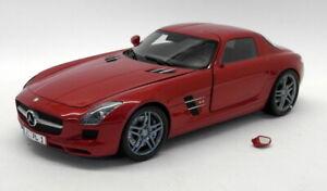 Minichamps 1/18 Scale Diecast 100 039020 Mecedes Benz SLS AMG 2010 Red Metallic