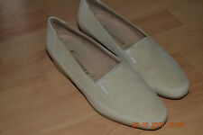 Pumps, in beige, Gr.6 F1/2, ara Naturform, echt Leder, samt, Top Zustand