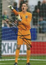 ENGLAND & SOUTHEND* TED SMITH SIGNED 6x4 ACTION PHOTO+COA