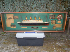"""Schiffsmodell """"Titanic"""", Halbmodel in Vitrine"""
