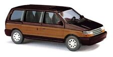 "Busch 44624 - 1/87 - Plymouth Voyager ""Woody"", Braun - Neu"