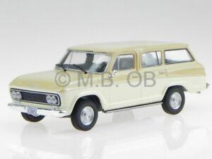 Chevrolet Veraneio 1965 beige modellino WB094 Whitebox 1:43