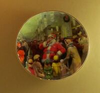 Coca-Cola A BUSY MAN'S PAUSE Plate Coke Christmas Santa Claus Clause Charming!