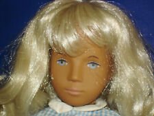 SASHA BLONDE GINGHAM #107 Doll in Box Trendon Limited England 1969-1986