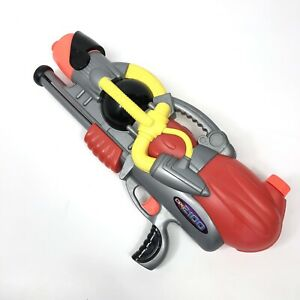 Vintage Larami Super Soaker CPS 2100 Tested And Working 2001
