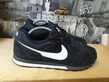 Nike MD Runner 2 Mens Black Trainers Size 11/46