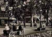 DÜSSELDORF Nordrhein-Westfalen 1956 Personen Leute am Corneliusplatz alte AK