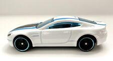 Hot Wheels HW Mild To Wild White Aston Martin V8 Vantage 1:64 *Loose*