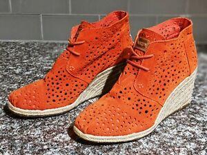 TOMS Desert Perforated Suede Wedge Booties Women's Size 7.5 Orange