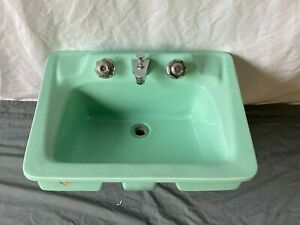 Vtg Mid Century Ceramic Jadeite Green Porcelain Drop in Bath Sink Old 21-21E