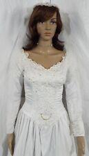 EUC Beautiful! WHITE ENZIO Wedding Gown/Dress SIZE 4, bead/sequin + VEIL