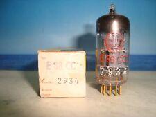 E88cc Valvo # code: 7l1/d9i = 1959 # (CCA, 6dj8) # D getter # NOS Neuf dans sa boîte (1076)