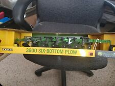 John Deere 3600 Six-Bottom Plow Ertl 1:16 Scale Die-Cast Metal Replica New 45302