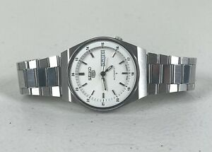 Vintage 1982 Seiko 5 Automatic Men's Watch With Date Function 6309-602A Mint