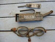 Lot d'objets SNCF Clé, lunettes, burette