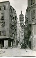 uralte AK, Innsbruck Stadtzentrum mit Blick auf die Kirche, 1920